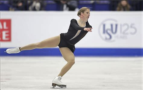 clean fashion the minimalism movement fashionbwithyou ice style 2017 european figure skating chionships