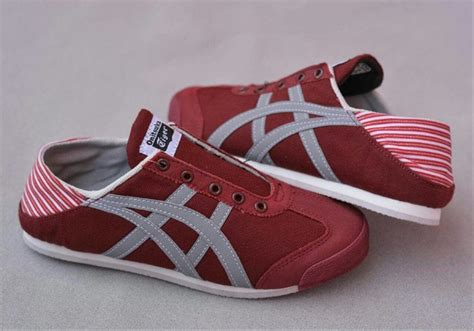 Harga Sepatu Asics Di Bandung jual sepatu asics onitsuka tiger paraty sneakers