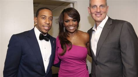 Atlanta Honors Luda And Trisha by Bmi Honors Ludacris With President S Award Chris Brown