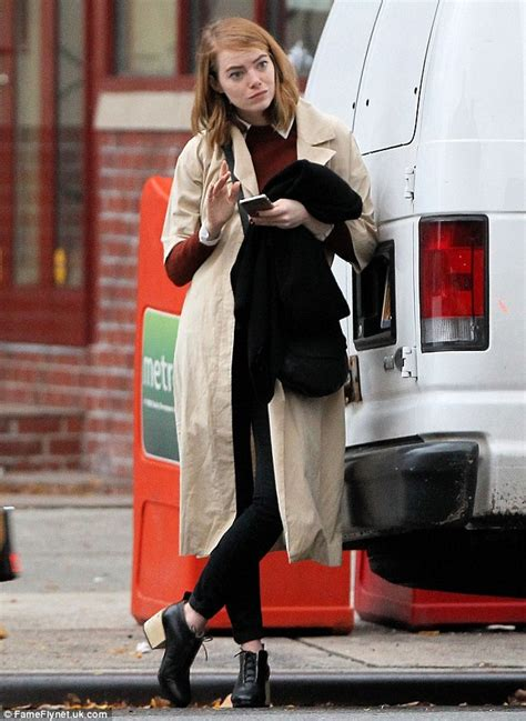 emma stone daily mail emma stone radiates happiness as she s spotted smiling in