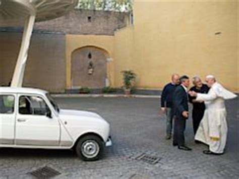 renault 4 pope new popemobile is a 1984 renault with 186 000 miles on it
