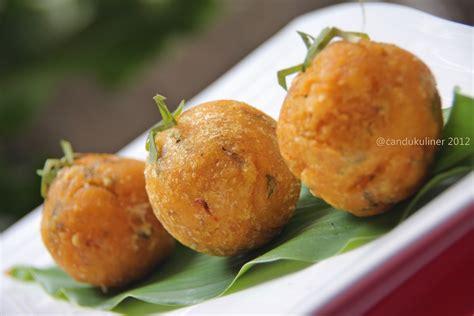 kuliner sumatera barat  lezat  nasi padang