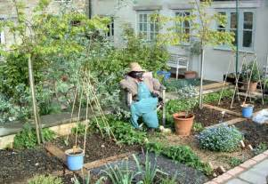 Small Vegetable Garden Ideas Pictures Vegetable Garden Design Ideas