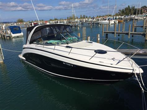 regal boats express cruiser 2014 used regal 32 express cruiser boat for sale