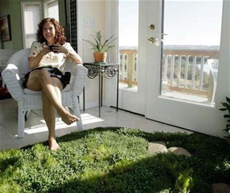 Living Room Bare Floors Living Floor Like Heinlein S Grass Carpet Science Fiction