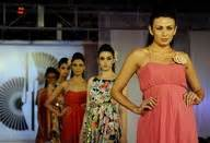 label design in kolkata mugdha godse r walk at designer ditiya roy s new design