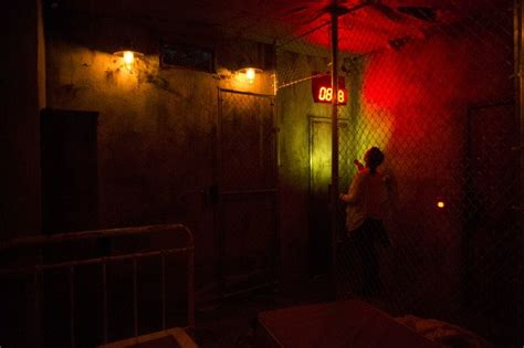escape room experience the basement a live escape room experience 34 photos 75 reviews escape 3440