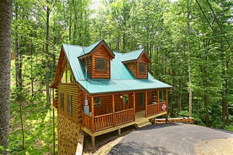1 bedroom cabin rentals cabin in the woods at sky harbor resort