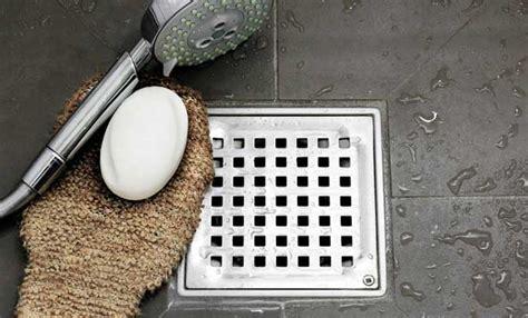 eliminare calcare doccia pulire calcare doccia