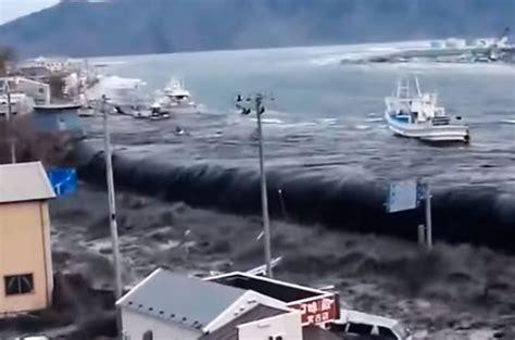 imagenes del tsunami en japon jap 243 n el horror del tsunami en los 10 videos m 225 s