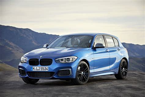it series 1 2018 bmw 1 series bows with updated interior new tech