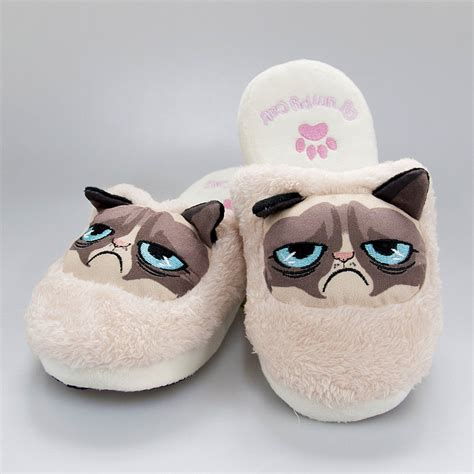 slippers for cats grumpy cat slippers geekcore co uk