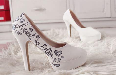 Sepatu Platform sepatu lukis platform amour putih high heels