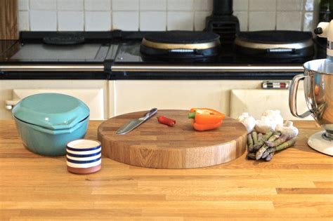 small round oak kitchen round end grain chopping boards makemesomethingspecial com
