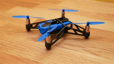 Parrot Mini Drone Rolling Spider parrot minidrone rolling spider review cnet