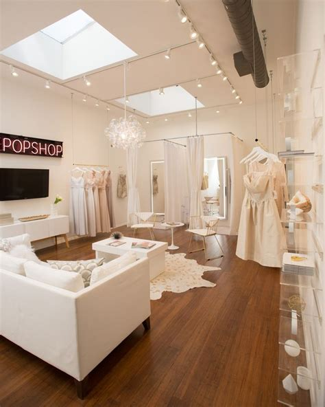 Stores For Decorating Rooms Best 25 Bridal Boutique Interior Ideas On