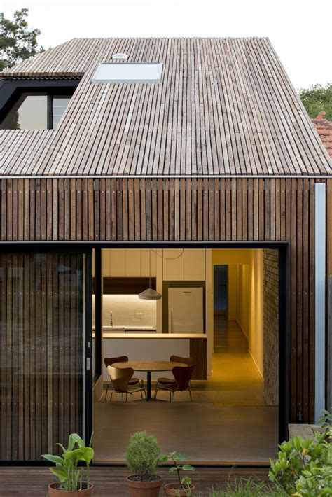 cut  roof house  scale architecture archiscene