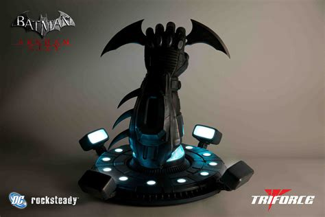 Sale Piala Trophy Figur Chion batarang riddler trophy by triforce now on sale kastor s korner