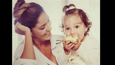 madre e hija se cogen madre e hija juntas se cogen al madre e hija cogen juntas gratis mamas cogiendo junto a su