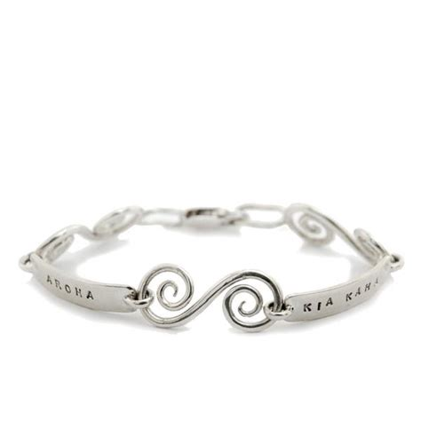 Kia Jewellery Kia Kaha Aroha Sterling Silver Bracelet Arrow