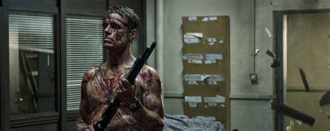 liam cunningham let us prey exklusiv deutsche trailerpremiere zum horrorfilm quot let us