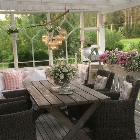 Shabby And Charme In Svezia A Casa Di Ingela Per Shabby Chic Patio Decor