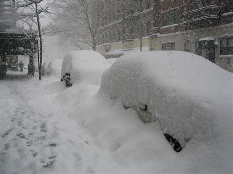 biggest blizzard the top 10 biggest snowstorms ever recorded therichest