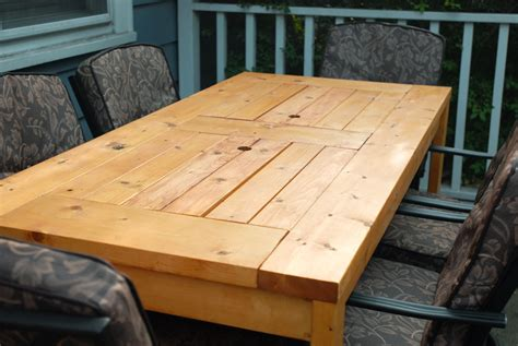 Patio Table Plans White Patio Table With Built In Wine Coolers Diy Projects