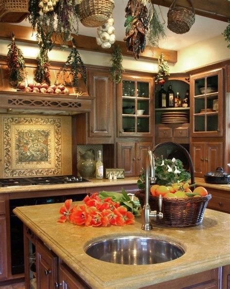 English Country Kitchen Design by English Country Kitchen English Country Cottage Pinterest