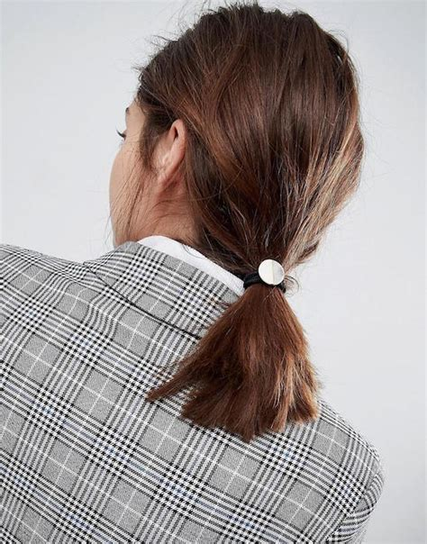 Disc Hair Tie how to rock the hair accessories trend