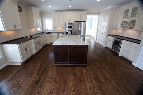 Colonial Granite With White Cabinets by Colonial White Granite For A Traditional Kitchen With A
