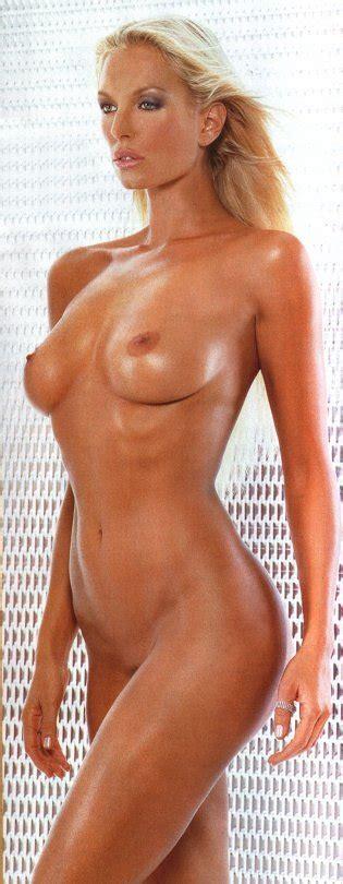 Annalise Braakensiek Nude Pics Page