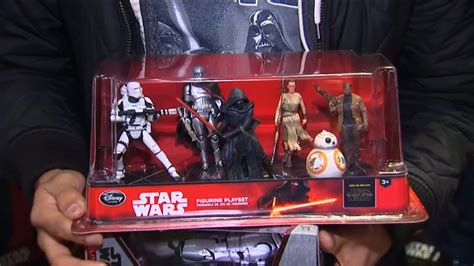 star wars fan shop force friday star wars fans flock to buy the force