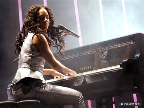tutorial piano alicia keys alicia keys talks as i am tour you get it all
