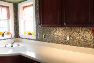How To Put Up Backsplash In Kitchen by How To Put Up A Backsplash In Kitchen