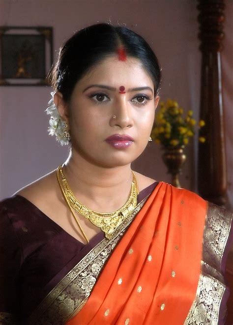 south actress of 90s sangavi beautiful telugu actress of 90 s sangavi photo