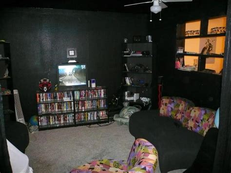 room painted black hall of shame ugly d 233 cor ugly house photos