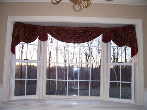 Rods For Bay Windows Ideas Another Style Idea For Kitchen Home Decorating Curtain Rods For Bay Windows Images Bay