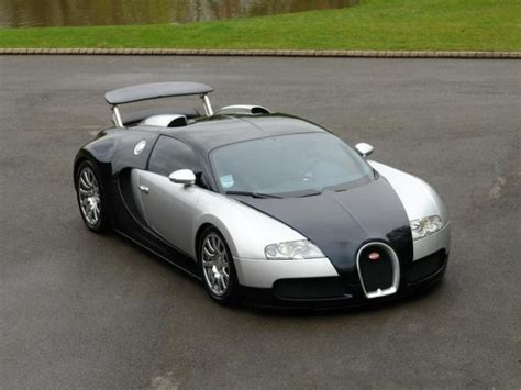 bugatti veyron sale uk for sale bugatti veyron 16 4 2dr 2010