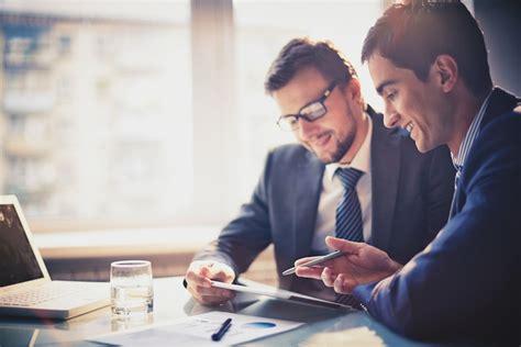 beratung bank kunden bevorzugen pers 246 nliche beratung finanznachrichten