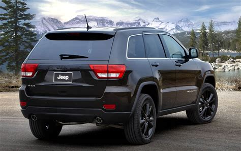 jeep cherokee blacked 2015 2016 jeep grand cherokee launch specification