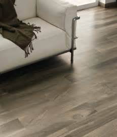 Hardwood Floor Tile Porcelain Tile That Looks Like Wood Reasons To Choose Porcelain Wood Tile Hardwood Floors