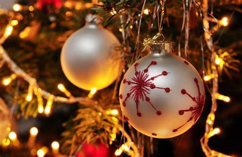 merry christmas  happy  year  italian italy magazine