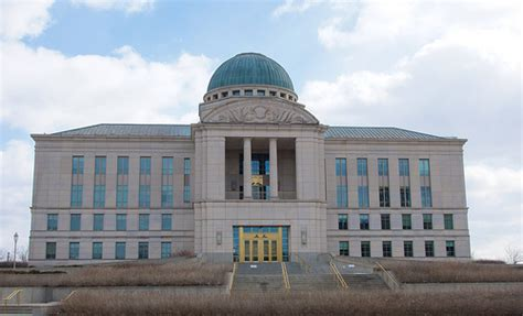 Iowa Judicial Branch Search Iowa Judicial Branch Building Being Lawyers Frank And I A Flickr Photo