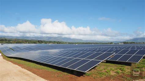 elon musk kauai tesla s new solar energy station will power hawaii at night