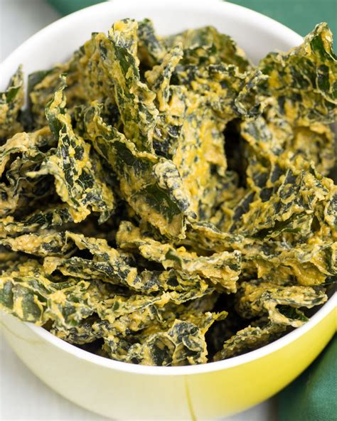 best ever raw dehydrated cheesy kale chips omnomally