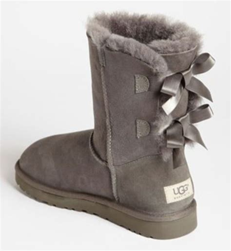 ugg boots bows on back bow back uggs these are shoessss