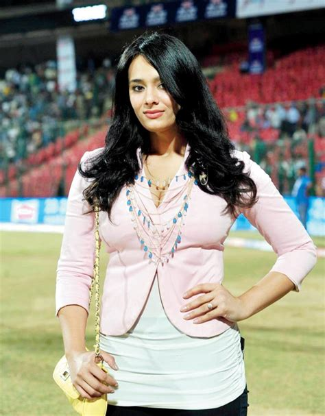 wife of stuard binni stuart binny s wife mayanti langer s perfect reply to