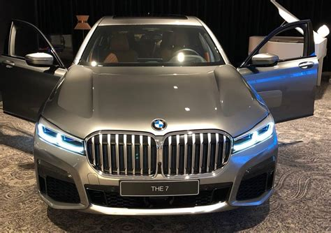 bmw  series facelift reveals  front facade