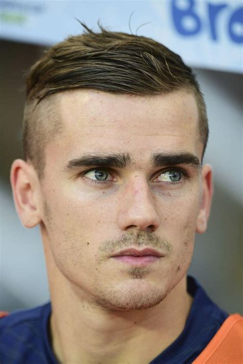 players hair cut styles 8 soccer player hairstyles you will love